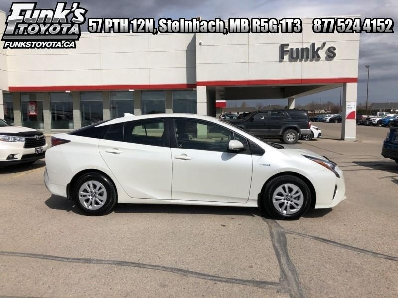 2016 Toyota Prius 5DR HB (J-7A) Main Image